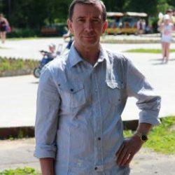 Парень ищет девушку в Ростове-на-дону  для приятных встреч на ее территории