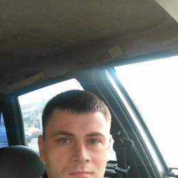 Пара хочет найти девушку в Ростове-на-дону для секс встреч
