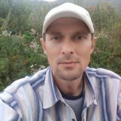 Красивый парень, ищу девушку для секса в Ростове-на-дону
